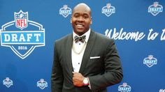 Jalen Ramsey, Laremy Tunsil sport unusual spikes at NFL draft... #JalenRamsey: Jalen Ramsey, Laremy Tunsil sport unusual… #JalenRamsey
