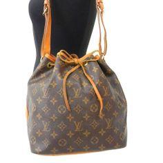 Retail-$1150 Authentic LOUIS VUITTON Monogram PETIT NOE Shoulder Bag LV M42226 #LouisVuitton #ShoulderBag