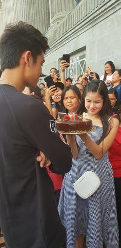 Hmmmm the cake seems soo delicious Donny Pangilinan, Bff Pictures, Filipino, Cute Boys, Kisses, Ulzzang, Haha, Thailand, Bb