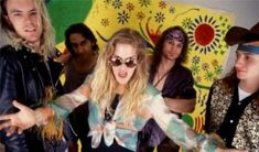 Tribute to Andrew Wood. Front man for the Seattle rock band Mother Love Bone Music Pictures, Guy Pictures, Wall Pictures, Andrew Wood, Temple Of The Dog, Love Rocks, Eddie Vedder, Chris Cornell, Golden Child