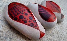 #handmade #stone #stonepainting #stonelovers #rock #fish #poisson #personalizado…