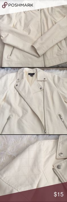 Faux off white leather moto jacket Faux off white leather jacket. Gently used. Does have a rip on the middle insole also had a ink stain inside the right sleeve. Can't tell when you wear it. Forever 21 Jackets & Coats