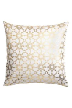 Patterned cushion cover: Cotton twill cushion cover with a shimmering all-over print on the front, solid colour back and concealed zip.