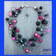 Sieraden, Zwart, antraciet met roze (fuchsia) kleurige ketting