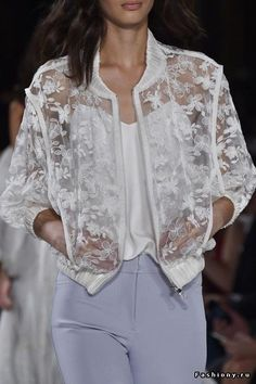 mulberry-cookies: Valentin Yudashkin Spring/Summer 2015 (Details) - Guadalupe C Bz - Free Valentin Yudashkin, Lace Blazer, Lace Jacket, Trendy Fashion, Fashion Models, Womens Fashion, Style Fashion, Vogue Fashion, Fashion Designers