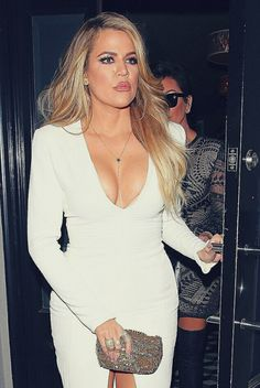 Khloe Kardashian dons body hugging white dress for family dinner in LA Khloe Kardashian Show, Kardashian Beauty, Kardashian Fashion, Simple White Dress, I Love Girls, Woman Crush, Kendall Jenner, Celebrity Style, Celebs