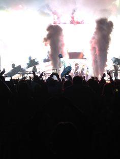 Enrique Iglesias in concert! #PrivateEvent #VIP #HardrockHotelAndCasino #PitbullAndEnriqueIglesias #Concert #iPhonePic #GreatShot
