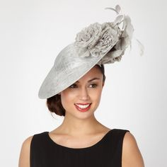 Silver mesh saucer floral fascinator http://picvpic.com/women-accessories-hats/silver-mesh-saucer-floral-fascinator#silver