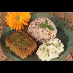 O Nectare é um Restaurante e Lanchonete Vegano. Servimos almoço de segunda a sexta das 11h30 às 15hs e a lanchonete funciona das 15h30 às 21h30.