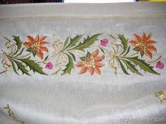 Türk İşi Nakışları Free Machine Embroidery, Embroidery Stitches, Embroidery Patterns, Hand Embroidery, Gold Work, Mural Painting, Baby Knitting Patterns, Needlepoint, Needlework