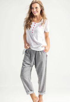#Mixte #Sleepwear #Summer #Fashion Pijamas Women, Ladies Wear, Spring Summer, Sweatpants, Inspiration, Fashion, Ladies Capes, Biblical Inspiration, Moda
