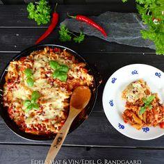 Edels Mat & Vin: Ovnsbakt pasta med kjøttsaus og ost ♫♫♥ Vegetable Pizza, Food And Drink, Pasta, Dinner, Vegetables, Breakfast, Recipes, Drinks, Blogging