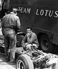 Jim Clark w/ Lotus. I dont know which year this was taken in, but the photo is too good anyway not to be shared.