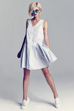 Fashion Wear, Look Fashion, Fashion Dresses, Womens Fashion, Fashion Design, Photos Of Dresses, Nautical Fashion, Dress Silhouette, Mom Outfits