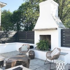 Amazing Outdoor Design You Must Have Rustic Outdoor Fireplace Design Ideas To Try Asap – Home Decor Ideas 2020 Rustic Outdoor Fireplaces, Outdoor Fireplace Designs, Backyard Fireplace, Fireplace Ideas, Gas Fireplace, Outdoor Fireplace Brick, Corner Fireplaces, Rustic Outdoor Kitchens, Casa Patio