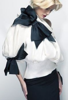 Sielian Vintage - West Hollywood, CA, United States. Vintage Christian Dior Couture White and black bow blouse from Sielian's Vintage apparel Mode Chic, Mode Style, Style Me, Fashion Mode, Look Fashion, Womens Fashion, Couture Mode, Couture Fashion, Fru Fru