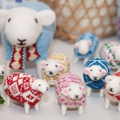 Making up more sheep ready for Christmas, soon to go to new homes…