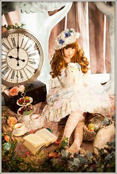 lolitahime:  Saki Kurumi in Princess Liddell's Ice Cream Cake OP  what a lovely setting.