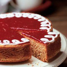 Runeberginkakku | Leivonnaiset | Yhteishyvä Finnish Cuisine, Finnish Recipes, Single Layer Cakes, Sweet Pastries, Seasonal Food, Yummy Cakes, No Bake Cake, Baked Goods, Cake Recipes