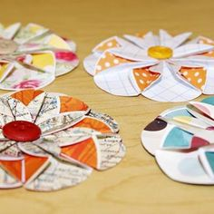 Simple paper flowers for cards and scrapbook layouts.