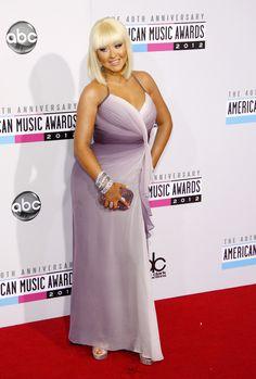 Ezzel az étrenddel fogyott 15 kilót Christina Aguilera | Mindmegette.hu Celebrity Moms, Celebrity Style, Anna Nicole Smith, Jhene Aiko, Sarah Michelle Gellar, Amanda Seyfried, 40th Anniversary, Christina Aguilera, Mariah Carey