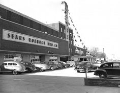 March 2, 1950 - Opening the new Sears at 201 W. 21st St., Norfolk (Charlie Boyles, photographer for the Virginian Pilot)