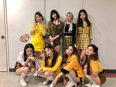 Página Inicial / Twitter Nayeon, Kpop Girl Groups, Korean Girl Groups, Kpop Girls, Extended Play, K Pop, Jihyo Twice, Twice Once, Twice Kpop