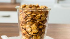 How to Roast Pumpkin Seeds - Don't throw away those pumpkin seeds! Transform them into this easy, healthy snack.