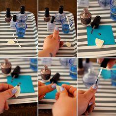 How to glitter your tips - sponge glitter nails.
