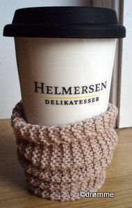 Cup cosy Cosy, My Design, Mugs, Knitting, Sewing, Tableware, Dinnerware, Cups, Tricot