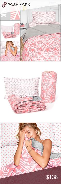 🎉SALE🎉New VS PINK Bed In a Bag Set Twin/Twin XL Nwt VS PINK Bed in a Bag Set..  Size Twin XL.. Ripe Apricot..  Includes: 1 Fitted Sheet 1 Bed Sheet  1 Pillow Case 1 Reversible Comforter  BRAND NEW NEVER USED..  Price is firm..  Thank you.. Victoria's Secret Accessories
