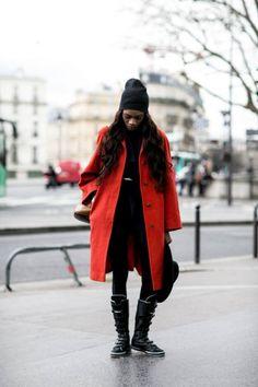 Cappello: must moda dello streetstyle dalle sfilate della Paris Fashion Week