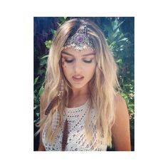 WOW, Zayn Malik! 'Perfect' Perrie Edwards posts pretty Instagram... ❤ liked on Polyvore featuring perrie, perrie edwards, bilder and little mix
