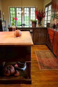 Country Style Kitchen Design, Pictures, Remodel, Decor and Ideas - page 4 Dark Oak Cabinets, Staining Cabinets, Oak Kitchen Cabinets, Kitchen Cabinet Design, Wood Cabinets, Kitchen Decor, Kitchen Ideas, Cherry Cabinets, Kitchen Photos