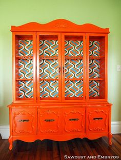 Retro Orange China Cabinet with Hand-painted backboard. My kind of China cabinet Furniture Projects, Furniture Making, Furniture Makeover, Cool Furniture, Orange Furniture, Paint Furniture, Retro Furniture, Furniture Design, Sectional Furniture