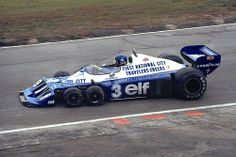 Ronnie Peterson in the six-wheeled Tyrrell Project 34.