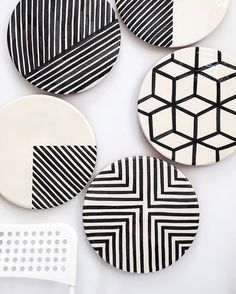 Art comes in all shapes and sizes. On the wall or at the table (think cakes, cheese or charcuterie), our Graphic Platters look rather impressive. Coming soon to casacubista.com.  #madeinportugal #handmade #craft #moderncraft #modern #minimal #gallerywall #platter #plate #assiette #blackandwhite #blackwhite #monochrome #handpainted #instadeco #instadecor #etsy #etsyseller #olhao #olhão #algarve #casacubista casa cubista