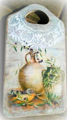 Декор предметов Декупаж очередные досочки с подробностями Краска Салфетки фото 6 Fabric Crafts, Wood Crafts, Diy And Crafts, Arts And Crafts, Decoupage, Pintura Country, Painting On Wood, Folk Art, Cutting Board