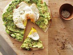 Fried egg and avocado pizza
