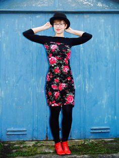 Nettie Kleid von Close Case, jersey Black rose von lillestoff
