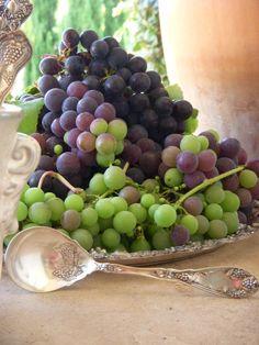 grapes....edible centerpieces.