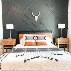 Master Bedroom Design, Home Decor Bedroom, Modern Boho Master Bedroom, Black Bedroom Design, Bedroom Wall Designs, Bedroom Art, Bedroom Styles, Accent Wall Bedroom, Bedroom With Wood Wall