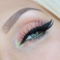 'LASHMOPOLITAN' ESQIDO MINK LASHES. #lashesonfleek #makeup #gorgeous #mayamiapalette