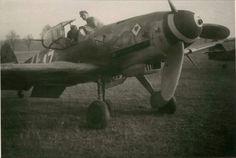 "Bf 109 K-4 W.Nr. 330 230 ""Weisse 17"" 9./JG 77, Neuruppin, November 1944."
