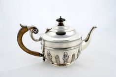 Teapot, sterling silver 925 with wooden handle, excellente condition, maker`s mark DWJW, London 1900, 755 g, height approximate 14 cm, Ø approximate 13 cm  Dealer Kunst- & Auktionshaus Walter Ginhart  Auction Minimum Bid: 800.00EUR