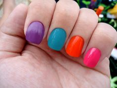 Colorful nails!