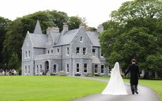 From countryside to waterside, castles and intimate, there's a Mayo wedding venue to suit every couple