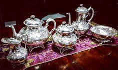 Serviço de chá e café em casquinha inglesa do Séc. XIX.
