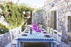 Tour the Fresh Greek Home of a Fashion Exec via @domainehome