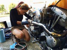 ..... En donde te encuentro, para que mi Ducatti te ame.